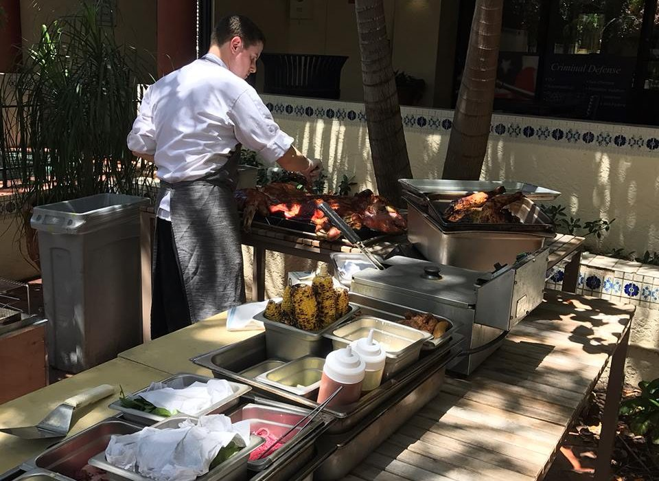 Pig out on sundays at jardin in west palm beach spike 39 s for Jardin west palm